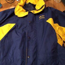 Men's waterproof Goretex extreme jacket xl