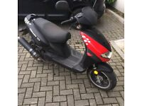 Black/Red Moped 125cc