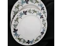 Royal Doulton dinner plates x 8