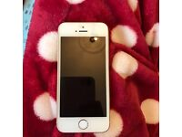 I phone 5s in White and gold EE network White and gold