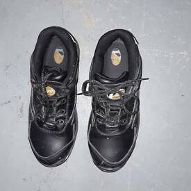 Man's Vsport safety shoes size 8