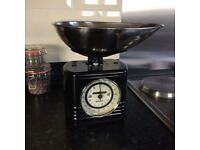 Typhoon Vintage Mechanical Kitchen Scales