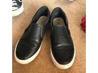 NEW LOOK BLACK NEW LOOK SLIP ON SHOES