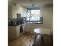 Newly refurbished 2 Bed Flat, Earlsfield, £1600 pcm (inc bills), less than 10 minute walk to station