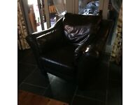 FREE LEATHER ARMCHAIR DARK BROWN