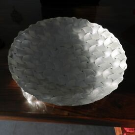 Never used, shell effect serving/display bowl.