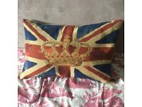 Union Jack large pillow duck down