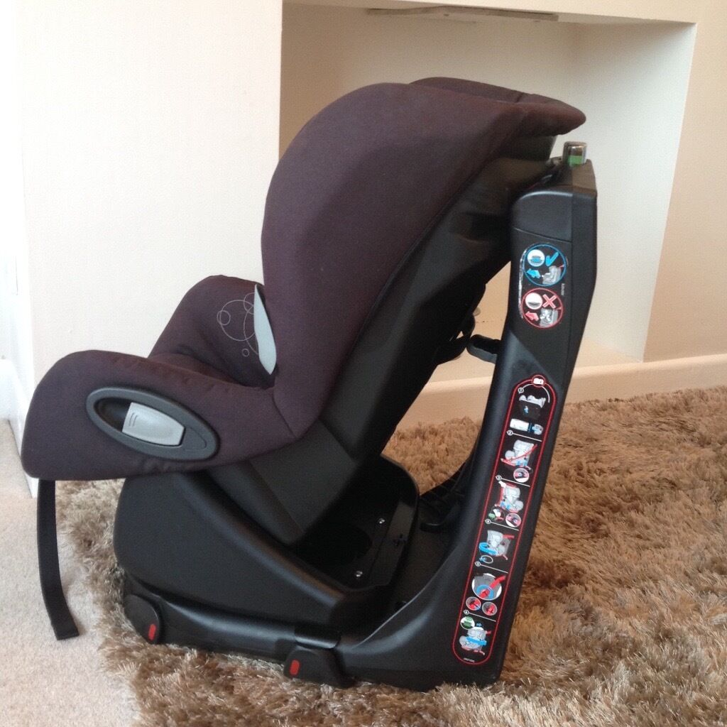 Maxi Cosi Axiss Car Seat.
