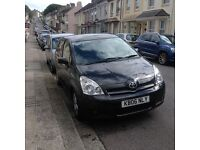 Toyota Corolla verso 2.2 diesel seven sister family car and mileage 126000