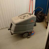 Floor Cleaning Machine. (water pick-up only)