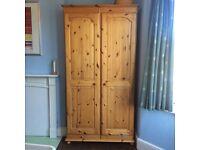 Fantastic pine wardrobe, in excellent condition