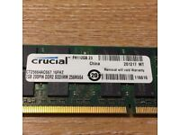 Crucial CT12864AC667.8FHZ (2GB DDR2 PC2-5300S 667MHz SO DIMM 200-pin) RAM Module