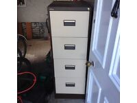 4 drawer filing cabinet (not lockable hence cheap price)