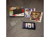 *new* 3ds + 2 games and official charger