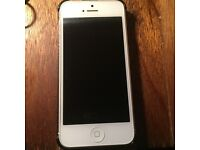 iphone 5 / 16gb / unlocked / mint / charger / case