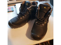 Safety Boots - size 11
