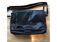 100% Leather Bag - Used but in amazing condition