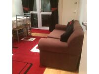 Single Room Opposite Brookes University Very Clean and Full Furnished with Free Fast Internet