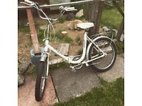 Woman's 'Elite' Folding City Bike
