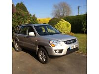 KIA SPORTAGE XS CDRi 2WD Lady Owner, One Previous Owner, Leather Int, Tow Bar, MOT July 2018, VGC