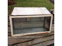 Metal angle framed FISH TANK / AQUARIUM / VIVARIUM 76cm x 38cm x 30cm