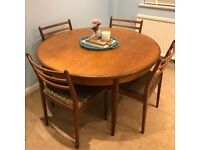 Mid-Centry Modern Extendable Table & 4 Chairs