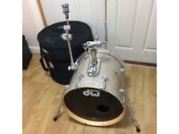 "DW Collectors Series Bass Drum Broken Glass 18"" x 16"" in Protection Racket Case"