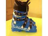 Junior Lange Ski Boots size 24.5 Superb Condition used for one skiing holiday.