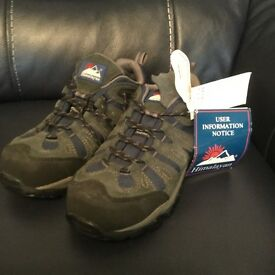 Work safety shoes trainers size 7