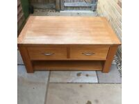 Solid oak coffee table amazing price in Kidbrooke, SE3