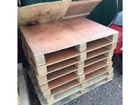 ply board n pallets all new
