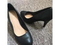 Atmosphere Black Heels Size 7