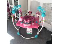 Minnie Mouse bouncer/jumperoo