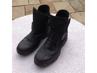 Daytona motorcycle boots - Size 40 (6.5 UK)