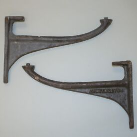 Shelf brackets Vintage Armitage 796