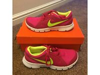 New Nike Women's Pink and Green Trainers Size 5.5