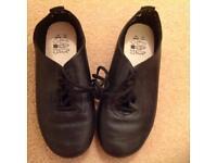 Girls dance shoes black