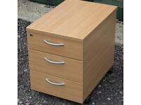 Wheeled drawer unit for office desk