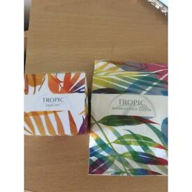 Tropic facelift mask and bamboo facecloth