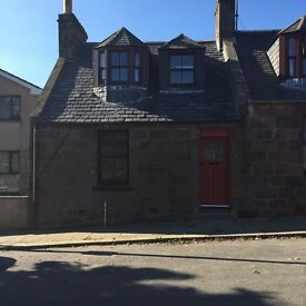 We offer for lease this UNFURNISHED 3 BEDROOM SEMI DETACHED HOUSE in a good location in Stonehaven