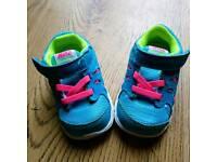 Nike infant size 3.5