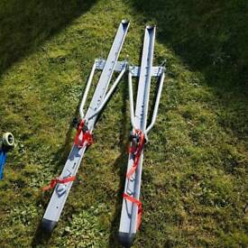 Roof mount cycle carriers