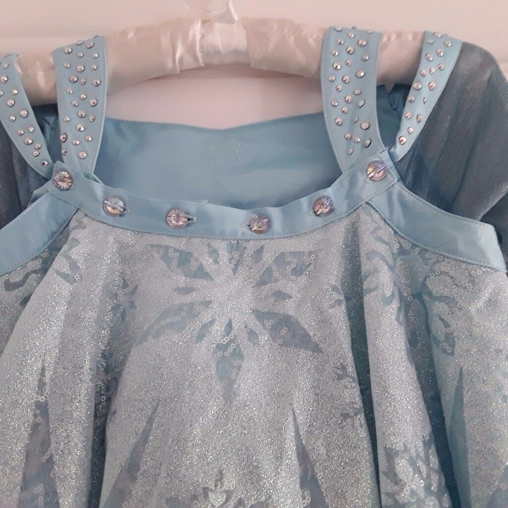 FROZEN Costume ***Never Worn*** Cost £200
