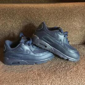 Nike Air Max 90. Size 9.5