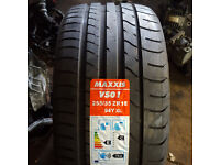 new maxxis 255/35zr18 tyres