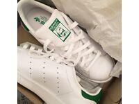 good condition size 6 unisex adidas stan smiths