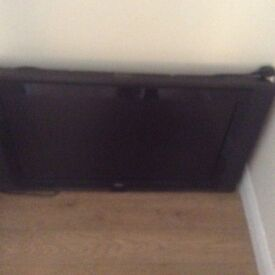 "Television 32"" for sale"