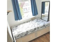 CLEAN ROOM / WEST LONDON / 1 MIN WALK TO PERIVALE TUBE (CENTRAL LINE)