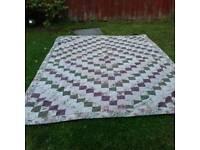 Reversible patchwork quilt