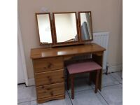 PINE 3 DRAWER DRESSING TABLE TRIPLE SWING MIRROR AND PINE STOOL